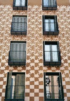 Homenaje a Escher, cerca de Tirso de Molina