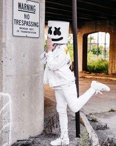 Sigueme como Mïldrëd Røjäs, solo un click & listo, se que te gustara mi contenido. Nf Real Music, Dj Music, Music Love, Thalia, Dj Alan Walker, Nothing But The Beat, Marshmello Dj, Marshmello Wallpapers, Itslopez
