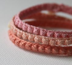 Crochet motif Bobble Bracelets bracelets aux poignets
