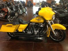 2013 H-D® Street Glide® SAMSON STREET SWEEPERS, HEAVY BREATHER, RACE TUNER, BACKREST, 997 MILES LOADED AND IN PERFECT CONDITION! Used Harley Davidson, Street Glide, Car Detailing, Racing, Motorcycle, Vehicles, Running, Auto Racing, Motorcycles