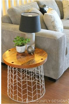 Top 10 excellent diy end tables home dressing домашний декор Bench Decor, Decoration Table, Diy Bench, Diy End Tables, Cheap End Tables, Target End Tables, Diy Home Decor Rustic, Diy Casa, Diy Living Room Decor