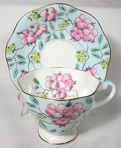 LOVELY FOLEY GREEN CHINTZ TEACUP & SAUCER BONE CHINA