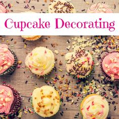 Cupcake Decorating with UKGirlThing #henparty #henweekend #hennight #hendo #girlsweekend #girlsnightout #girlsontour #cupcakedecorating #cakeclass #craftyhenparty #foodanddrinkhenparty http://goo.gl/kDF0zM
