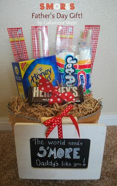 Frugal and Fast {Last Minute} Father's Day Craft and Card Round UpBy Bare Feet on the Dashboard