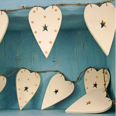 Ver detalles de Banderín corazones de madera 2mts