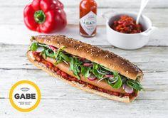 Les meilleurs hot-dogs de Paris – Paris ZigZag | Insolite & Secret Hot Dogs, Hot Dog Buns, Resto Paris, Restaurant Paris, C'est Bon, French, Ethnic Recipes, Food, Top Restaurants