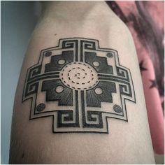 Bildresultat för inca two bird symbol Wolf Tattoo Design, Inka Tattoo, Tattoo Peru, Body Art Tattoos, Cool Tattoos, Bracelete Tattoo, Coyote Tattoo, Inca Art, Piercings