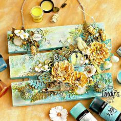 How to Create Bright Home Decor Wall Art with Olga Ravenskaya (Lindy's Stamp Gang) Mixed Media Artwork, Mixed Media Collage, Mixed Media Canvas, Collage Art, Diy Wall Art, Home Decor Wall Art, Framed Wall Art, Mixed Media Techniques, Mixed Media Tutorials