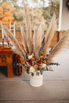 Many people believe that there is a magical formula for home decoration. You do things… Wedding Goals, Wedding Planning, Dream Wedding, Wedding Ideas, Fall Home Decor, Autumn Home, Floral Wedding, Orange Wedding Flowers, Fall Flowers