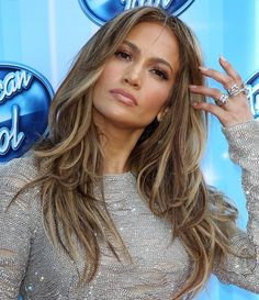 Jennifer Lopez in KaufmanFranco at the American Idol Season 13 finale at Nokia Theatre L. Live in Los Angeles o… Brown Blonde Hair, Brunette Hair, Hair Styles 2014, Long Hair Styles, Hair Dos, J Lo Hair, Great Hair, Hair Highlights, Balayage Hair