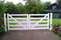 Wood 5-Rail Post and Rail Automated Driveway Gate