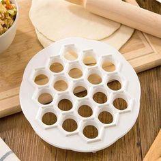 Dumpling Mold Maker DIY Kitchen Pastry Gadgets Tools Dough Press Ravioli Making How To Make Dumplings, Homemade Dumplings, Ravioli, Foods For Abs, Dough Press, Dishwasher Soap, Diy Molding, Your Recipe, Recipe Tips