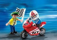 4780 Enfants avec moto de course