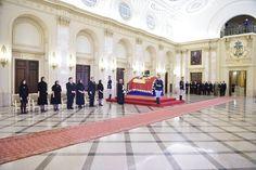 L'addio alla regina Anna di Romania