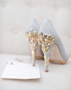 How beautiful is the detailing on the heels of these bridal shoes?! They are definitely fit for a wedding!