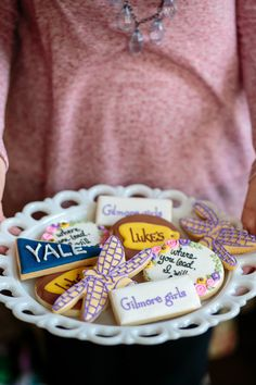 Plan a Gilmore Girls-Inspired Bachelorette Weekend! – Style Me Pretty