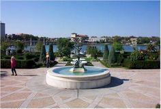 Lake Mirror Park in Lakeland, Florida