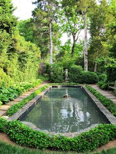 Oatlands Historic House & Gardens- Reflecting pool; statuary; ivy; hastas; boxwoods; always a cool spot in summer; Pinned from Big Old Houses