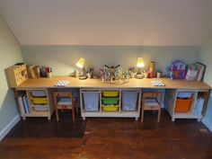 This DIY IKEA children's desk has an additional removable table! The additional desk allows my kids to play opposite one another. Ikea Hackers Kids, Trofast Ikea, Childrens Desk And Chair, Desk Hacks, Ikea Hacks, Long Desk, Ikea Desk, Ikea Office, Diy Desk