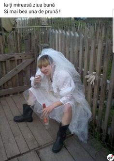 22 Funny Bride and Groom Wedding Photos . These 22 couples found creative ways to take funny photos. See more ideas about Funny wedding photos, . Village Girl, Funny Wedding Photos, Dress Rings, Wedding Humor, Photo Look, Wedding Groom, Hilarious, Flower Girl Dresses, Poses