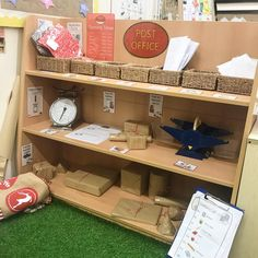 Post office role play in the maths area Post office role play in the maths area Play Based Learning, Learning Through Play, Role Play Areas Eyfs, Katie Morag, Eyfs Outdoor Area, Early Years Maths, People Who Help Us, Play Corner, Maths Area
