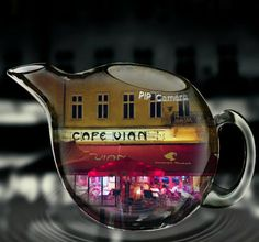 Budapesten három helyen található Café Vian.                               Egy tradicionális francia  teraszos bisztr...