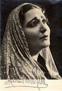 Lina Bruna Rasa Opera Singers, Portraits, Italy, Movies, Movie Posters, Singers, Films, Film Poster, Head Shots