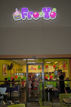 Check out the new location in Alpharetta, Georgia! Come visit us! #smoothies #froyo