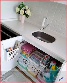 33 Top Kitchen Organization Diy And Storage Hacks Ideas Kitchen Organization Pantry, Kitchen Storage Solutions, Diy Kitchen Storage, Bathroom Organisation, Room Organization, Bathroom Storage, Kitchen Decor, Kitchen Rack, Bathroom Drawers