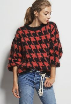 Oversized drop-shoulder pullover with stranded houndstooth motif. Knitting Designs, Knitting Patterns, Crochet Patron, Sweater And Shorts, Pulls, Houndstooth, Christmas Sweaters, Knitwear, Cashmere