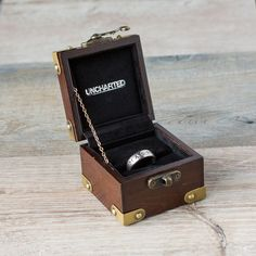 Playstation Gear Store Drake's Ring - Naughty Dog - Brands