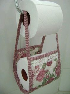 no sewing fabric crafts; simply make fabric … - Fabric Craft Ideas Small Sewing Projects, Sewing Hacks, Fabric Crafts, Sewing Crafts, Toilet Roll Holder, Creation Couture, Handicraft, Diy And Crafts, Sewing Patterns