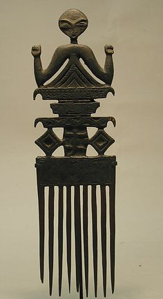 Comb (Duafe), 19th–20th century. Ghana. The Metropolitan Museum of Art, New York. The Michael C. Rockefeller Memorial Collection, Gift of William W. Brill, 1963 (1978.412.479) | In Ghana, elaborate combs such as this one were gifts from Akan men to women to commemorate special events, such as puberty celebrations, weddings, or births.