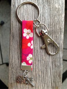 Etsy - Shop for handmade, vintage, custom, and unique gifts for everyone Crochet Keychain, Cute Keychain, Handmade Accessories, Handmade Jewelry, Handmade Gifts, Diy Purse Tassel, Michael Kors Rose Gold, Key Fobs, Bracelet Making