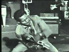 Roll Over Beethoven (live) - Chuck Berry