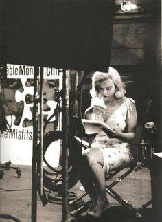 mm Marilyn Monroe
