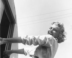 """The Joy Of Marilyn Monroe Going Into Her Make Up Trailer On The Set Of """"Clash By Night"""" 1952"""