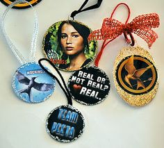 DIY Christmas ornaments, inspired by The Hunger Games #Mockingjay