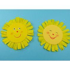 Eine nette Idee für die nächste Bastelstunde mit Kindern! Die strahlende Sonne aus Papier lässt ganz einfach basteln und dann aufhängen!