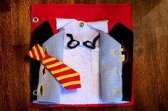 Harry Potter Quiet Book Pages - Uniform Buttoning Page by Today I Felt Crafty Harry Potter Monster Book, Monster Book Of Monsters, Harry Potter Food, Harry Potter Halloween, Diy Quiet Books, Baby Quiet Book, Felt Books, Geek Crafts, Crafts To Make