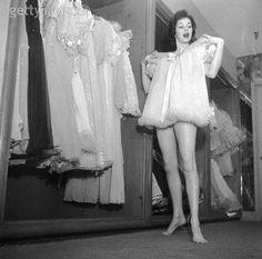 Original amateur hour folded over dancer