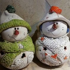New Totally Free pottery handmade fun Suggestions Christmas Clay, Christmas Crafts, Christmas Decorations, Christmas Ornaments, Ceramic Birds, Ceramic Pottery, Ceramic Art, Ceramics Projects, Clay Projects