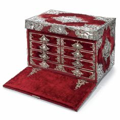 A CONTINENTAL SILVER-MOUNTED TRAVELLING CHEST / DESK, CIRCA 1880