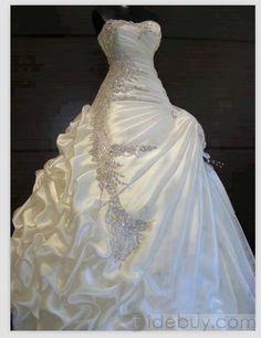 Aラインスイートハートのフリルビーズウェディングドレス