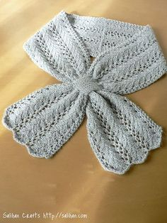 Beautiful Grey Keyhole Scarf