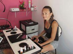 Feather Nail Designs, Feather Nails, Nail Salon Design, Acrylic Nails At Home, Acrylic Nail Shapes, Beauty Room Salon, Nail Station, Nail Room, Cream Nails