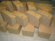 Mosószappan Goat Milk Soap, Minion, Home Remedies, Feta, Dairy, Cheese, Homemade, Ethnic Recipes, Blog