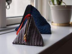 Hæklet pung - kosmetikpung - taske Crochet purse - bag www.cicitive.dk