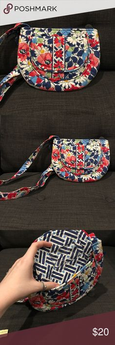 Vera Bradley Crossbody in Summer Cottage Small to medium sized crossbody. Used a few times but in like-new condition. Front flap has an ID slot under the flap and a second pocket behind (as pictured). Main zipper has two large pockets. Back zipper has 6 card slots.   ✨ Comes from a house with a dog and a cat, but I will wash the product if needed.   Bags are kept in an airtight plastic bag, will come to you as pictured.   FOR ALL VERA BRADLEY BAGS- I WILL DISCOUNT AN EXTRA 10% IF BOUGHT IN A…