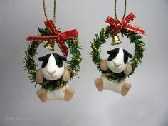 Little Guinea Pig in Christmas Wreath (£24)